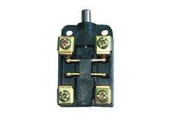 Выключатель путевой контактный ВПК-2113Б-У2 10А 660В IP67 SQ0732-0006 TDM